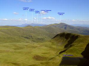 Часть маршрута от г.Близница до г.Догяска. Вид с Апшинецкого хребта